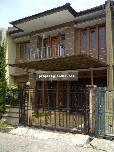 Rumah Bagus di Taman Kopo Indah 3